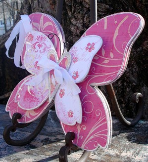 Felicity_butterfly_side_view